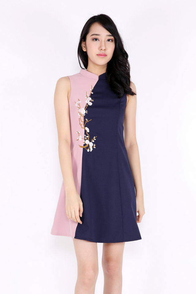 Kiersten Cheongsam Half-half Embroidery Dress (Navy/Pink) (XS-XL)