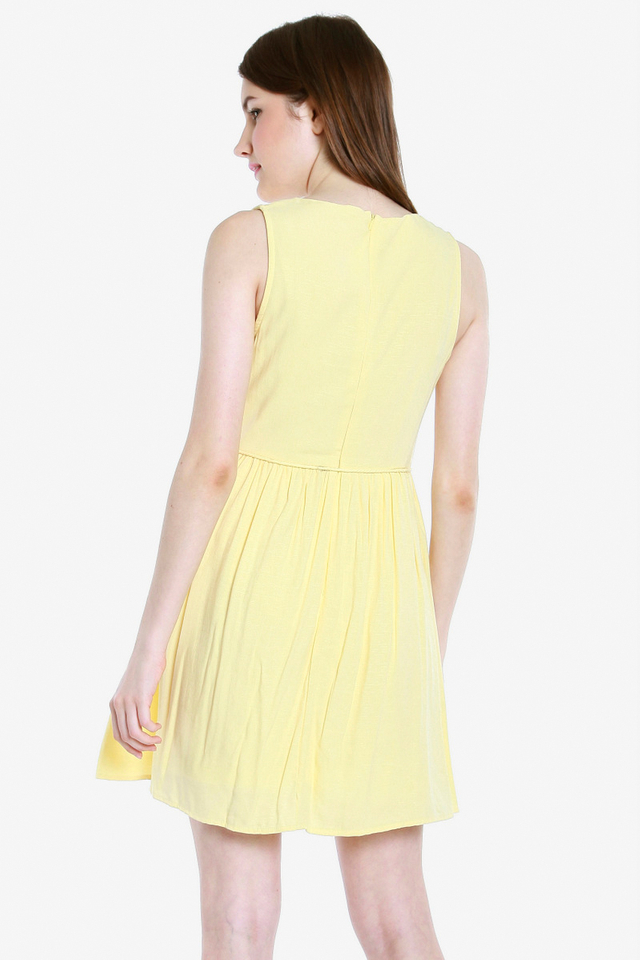 Jemma Eyelet Bib Tassel Dress (Yellow)