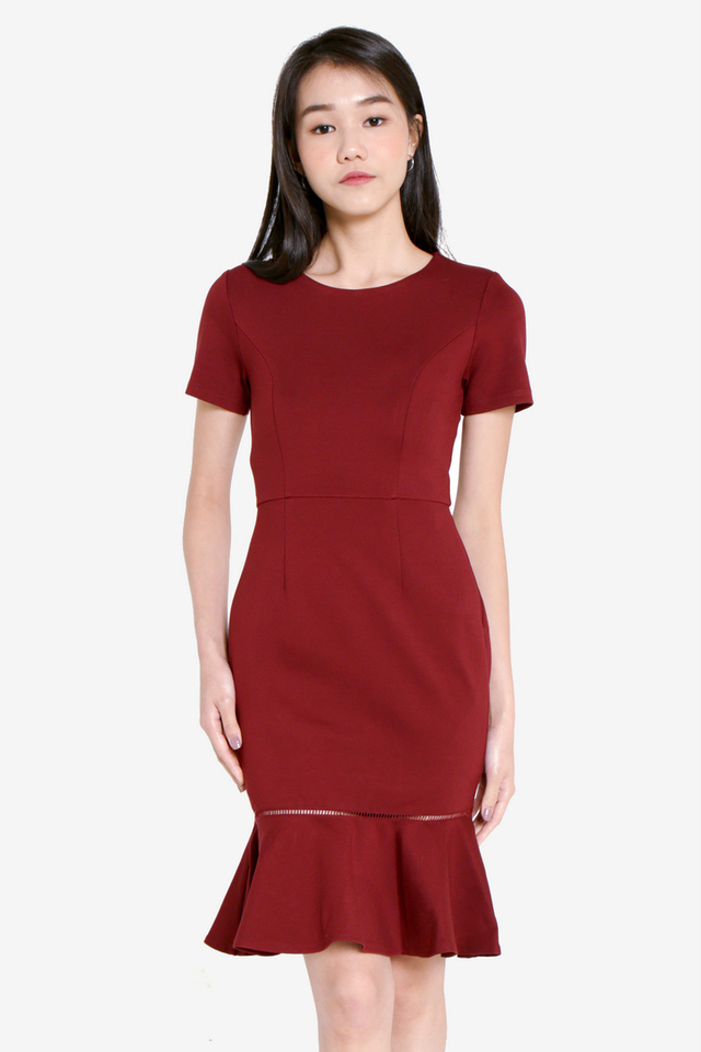 Twinnelle Sleeved Trumpet Dress (Wine)