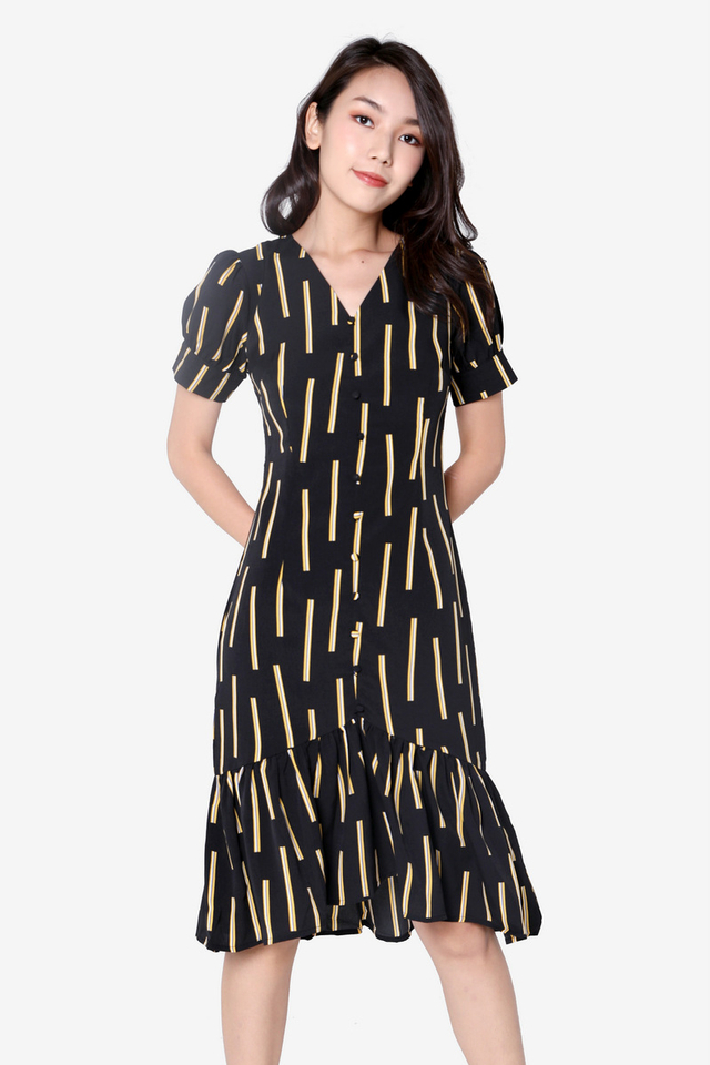 Mccallum Sleeved Midi Dress (Black)