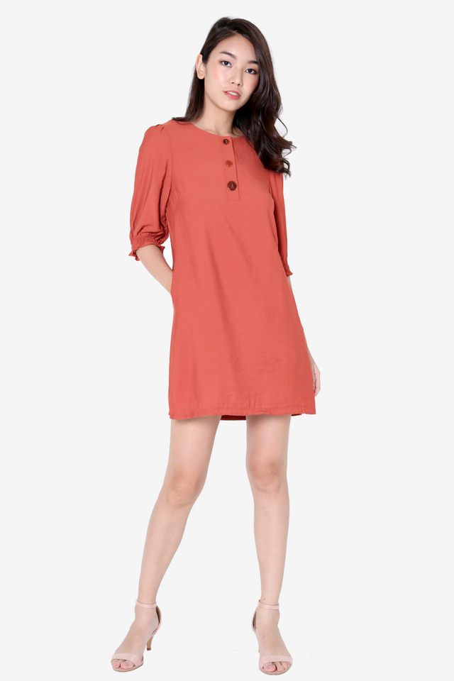 Tommie Pebble Button Dress (Rust)