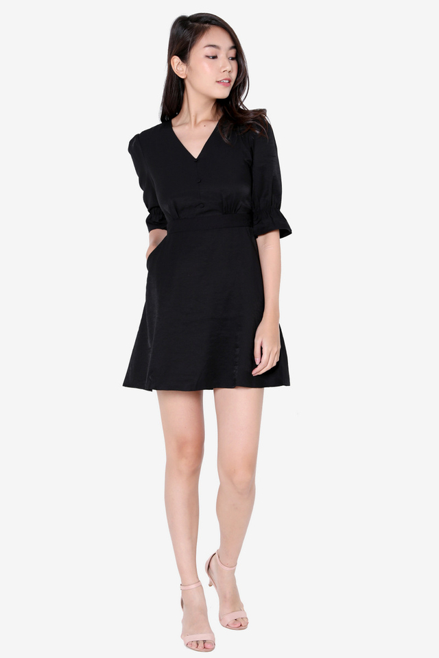 Caryn Poofy Sleeved Dress (Black)