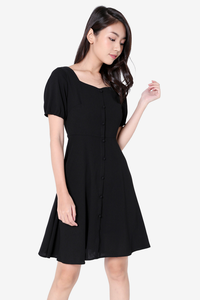 Lolita  Sleeved Skater Dress (Black)