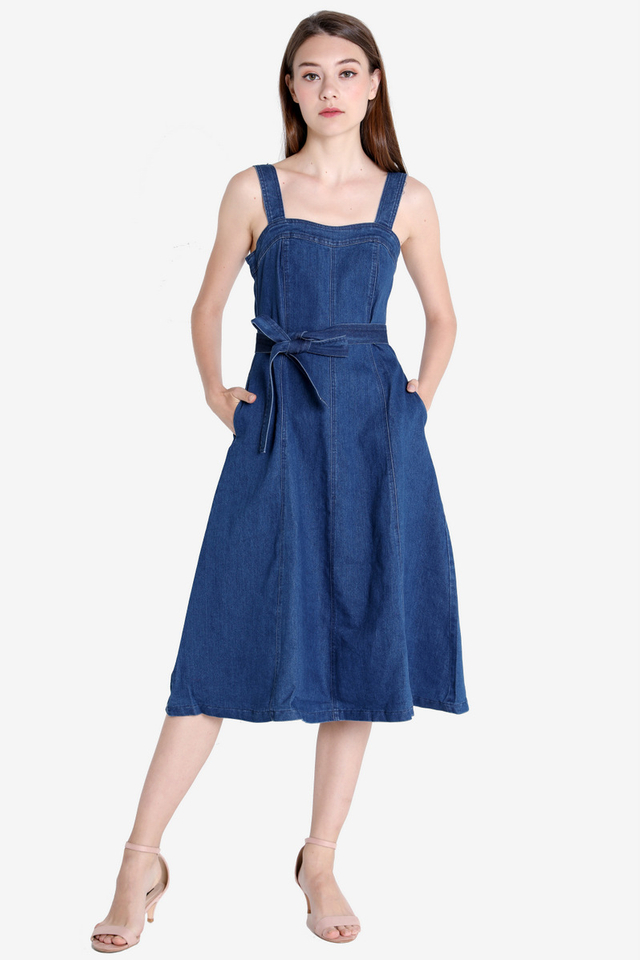 Sweetheart Denim Dress (Dark Wash)