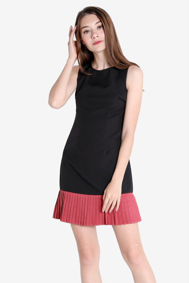 Leana Colourblock Trapeze Dress (Black/Rose)