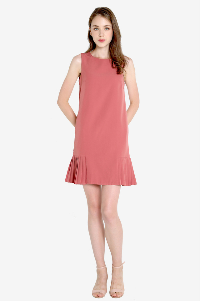 Ossie Side Pleat Dress (Tea Rose)