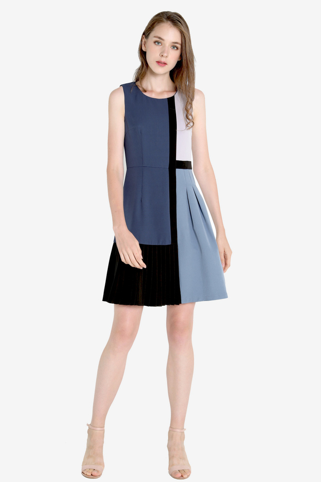 Lisandra Colourblock Panel Dress (Blue)