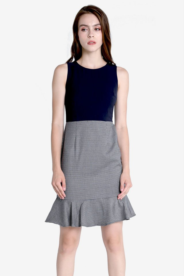 Wynn Buckle Belt Trumpet Dress (Navy Blue)