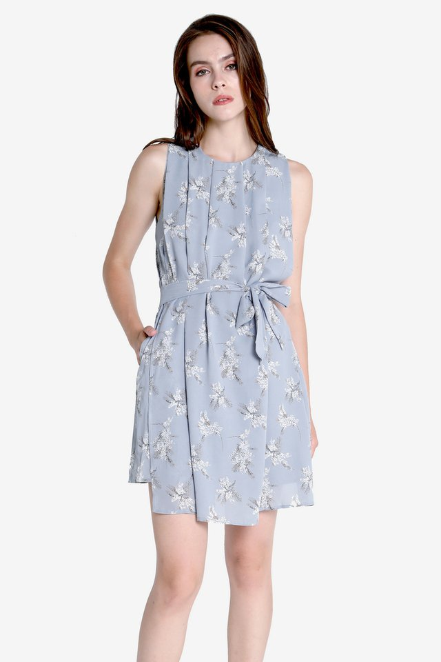 Walter Flap Sash Dress (Floral)