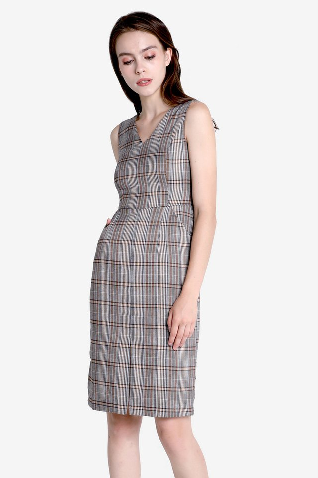 Halverson Center Slit Sash Dress (Checks)