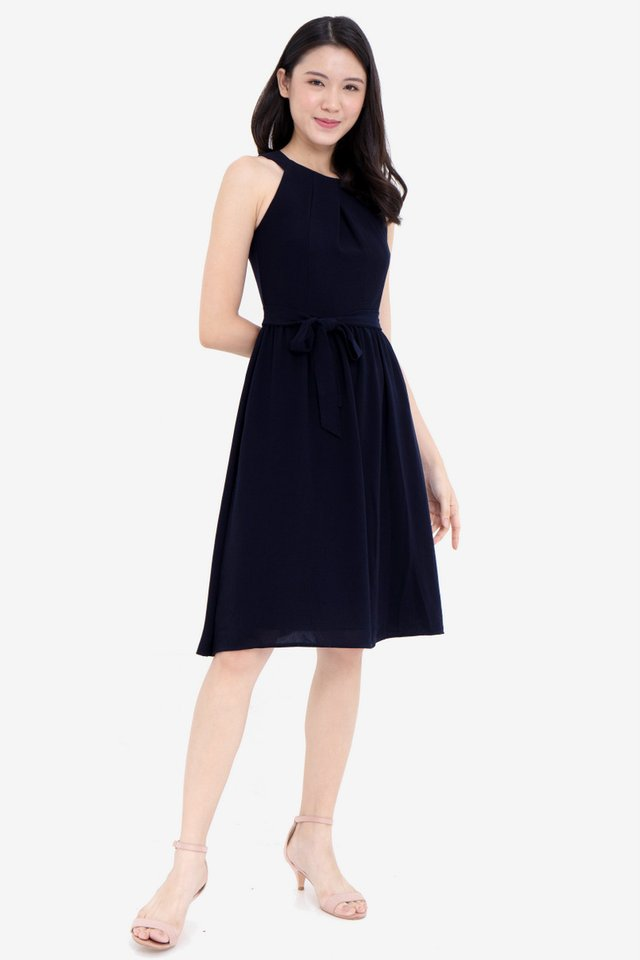 Evalyn Cut in Folded Collar Dress (Navy)