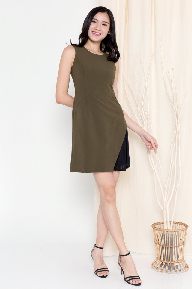 Torres Side Pleat Buckle Dress (Olive)