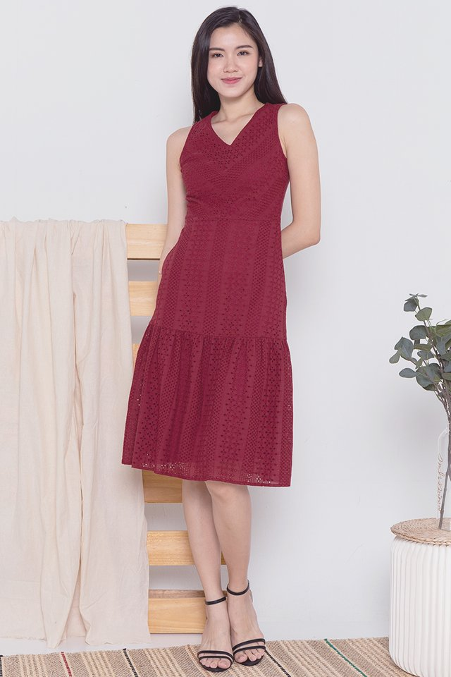Bailey Placement Eyelet Midi Dress (Wine)