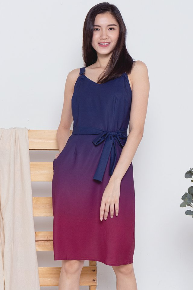 Cally Ring Ombre Dress (Navy-Wine)