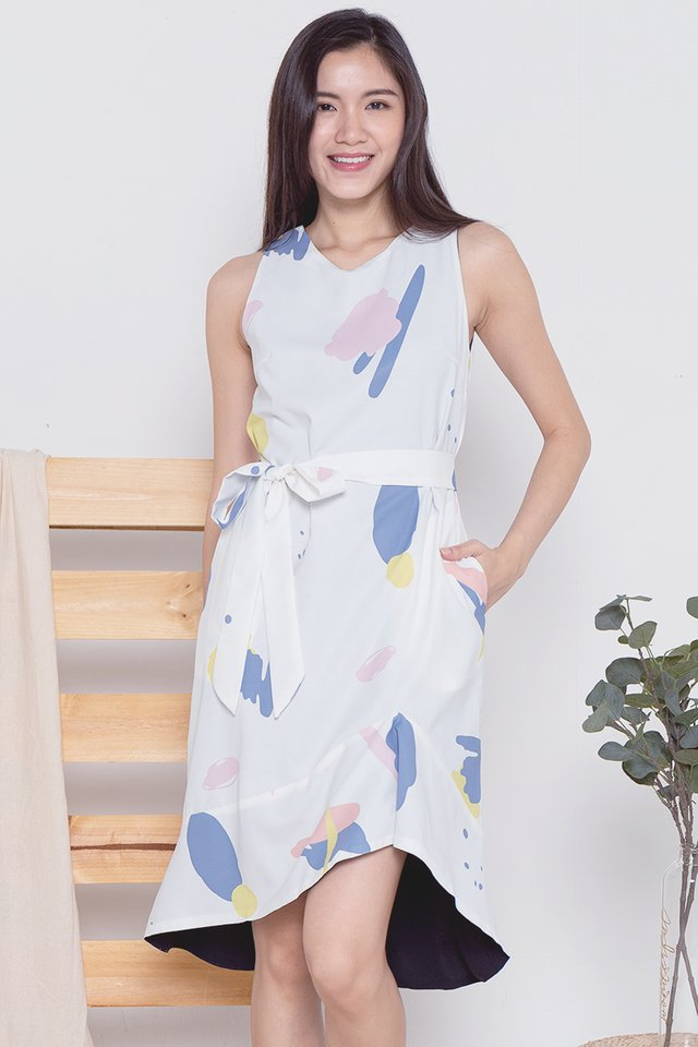 Pauline Abstract Mermaid Dress (White)