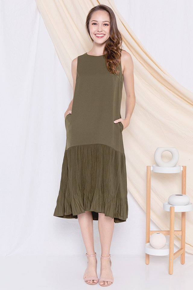 Dinna Pleated Midi Dress (Green)