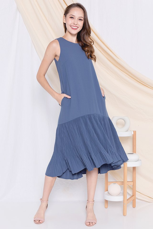 Dinna Pleated Midi Dress (Blue)