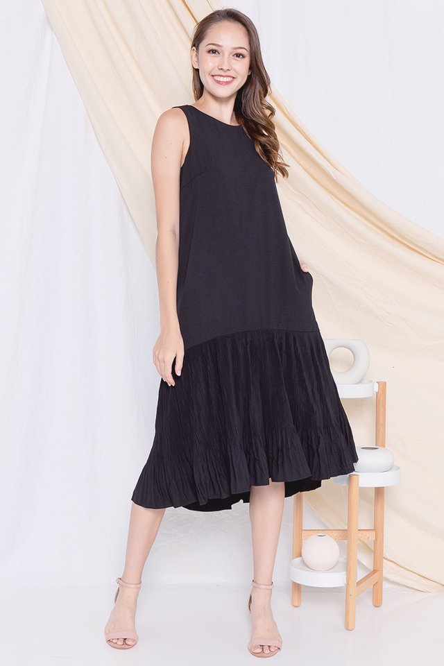 Dinna Pleated Midi Dress (Black)