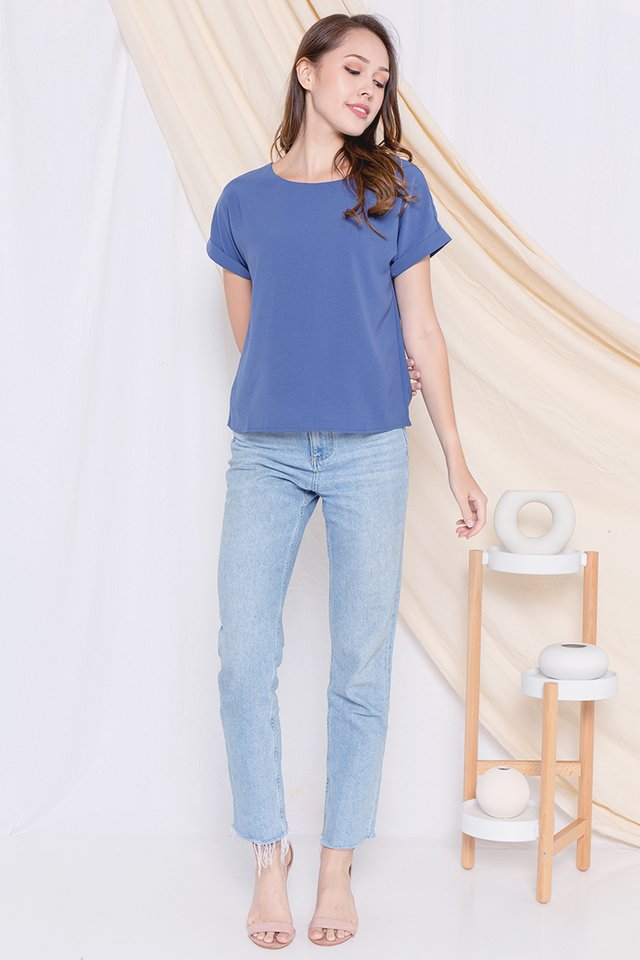 Lisbon Cuffed Sleeve Top (Blue)