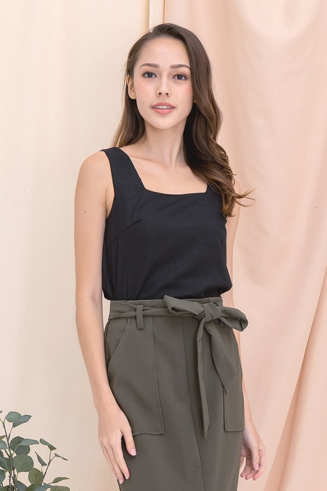 Justina Two-way Linen Top (Black)