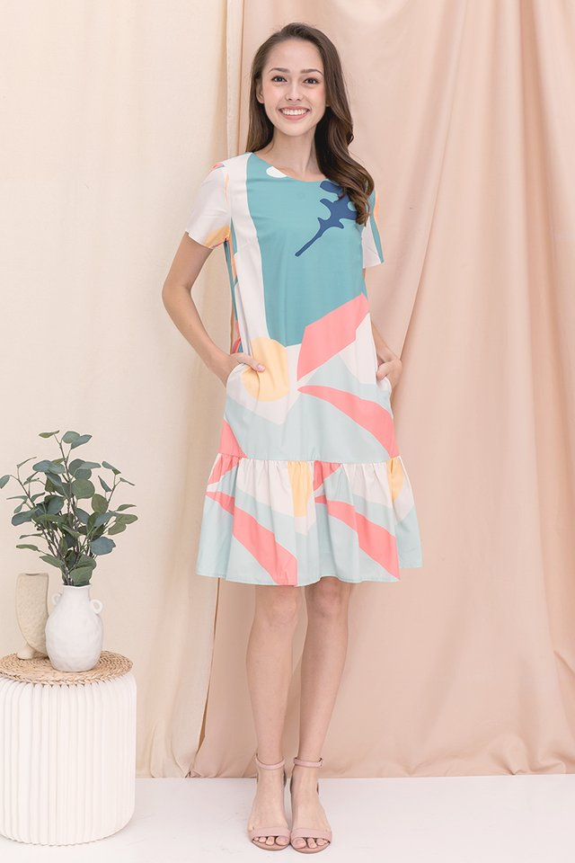 [Backorder] Simone Abstract Mermaid Sleeved Dress (Green)