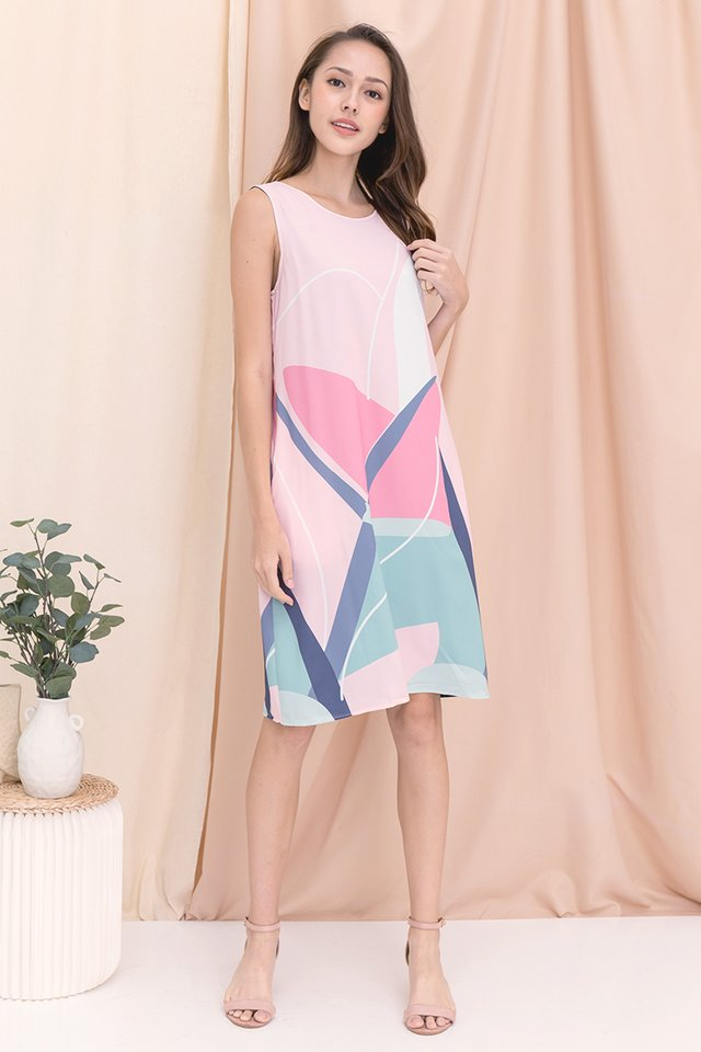 Tess Reversible Abstract Dress (Pink)