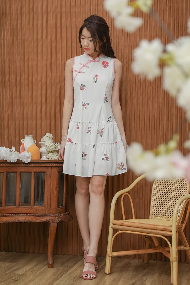 Jamie Triple Tier Floral Cheongsam Dress (White)